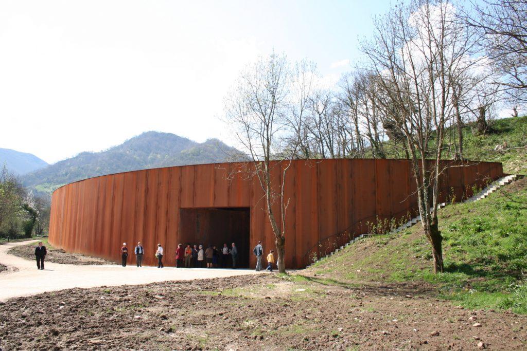 Parque de la Prehistoria, Teverga